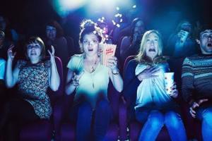 Hulu's  Best Movies & Series for Halloween! 19