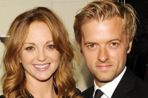 Actress Jayma Mays Welcomes First Child With Husband Adam Campbell