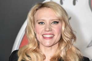 """Kate McKinnon's work In 2016 Gets Her Recognized As """"Entertainer of the Year"""""""