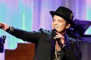 Bruno Mars To Arrange Performance For February's Grammy Award Show