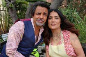 Eugenio Derbez & Salma Hayek in HOW TO BE A LATIN LOVER 2