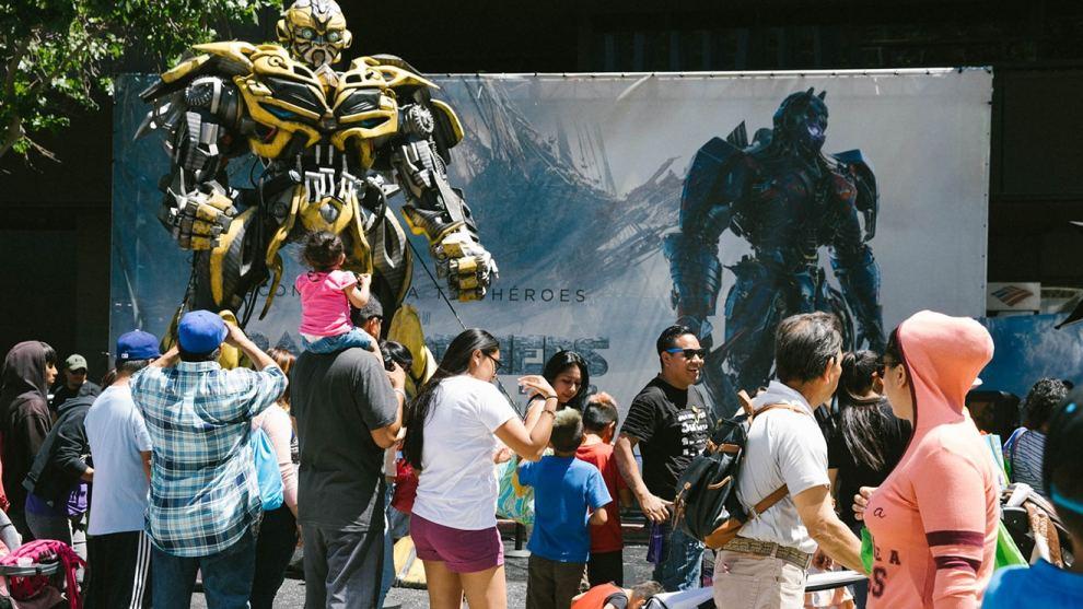 Transformers: The Last Knight - Fiesta Broadway
