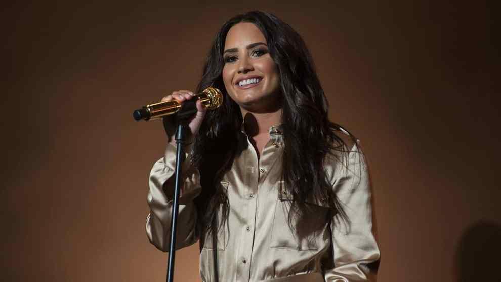 Demi-Lovato-2017