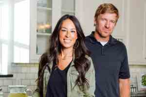 Fixer Upper couple