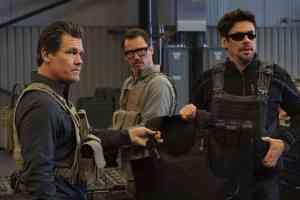 Josh Brolin, Benicio Del Toro, and Jeffrey Donovan in Sicario: Day of the Soldado (2018)