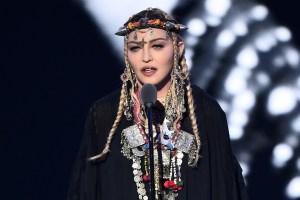 Madonna's VMAs Tribute To Aretha Franklin