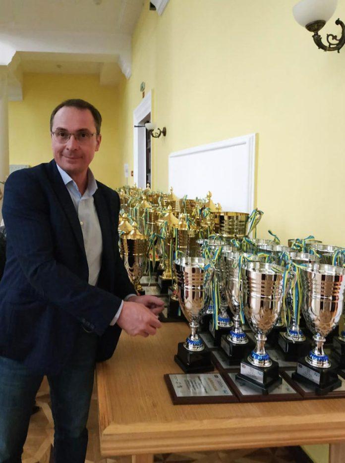 Остап Бойко на Урочистій церемонії нагородження переможців та призерів  Чемпіонатів, Кубків України та національних серій з автомобільного  спорту 2019 року.