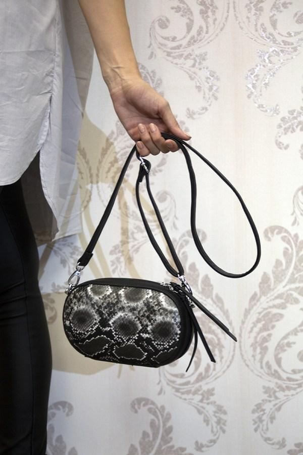 Τσάντα μικρού μεγέθους με σχέδιο φίδι