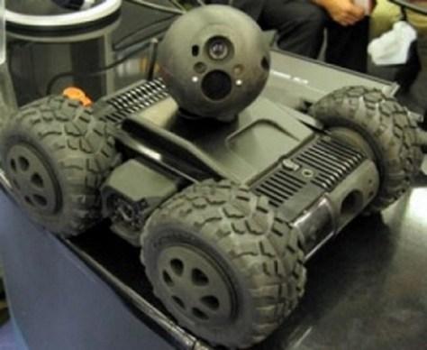 Вездеход-разведчик EyeDrive и робот-мячик EyeBall