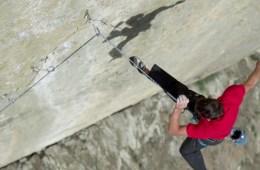 image, On retrouve dans cette belle vidéo réalisée par Fred Moix le célèbre grimpeur Alex Honnold.