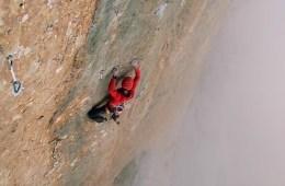 Après Silbergeier et le Pic St Loup, Nina Caprez et Cédric Lachat réalisent en escalade libre la grande voie Orbayu (8c).