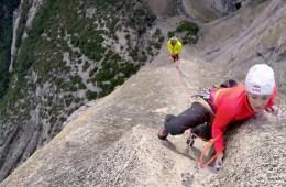 "Sasha DiGiulian et Kevin Jorgeson réalisent ""Lost Arrow Spire"", Yosemite."