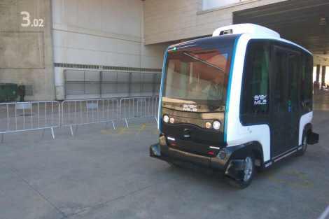 Vozidlo ez10 od EasyMile při testování v Barceloně. Foto: Jan Sůra
