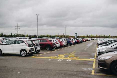 Na plochu areálu v Kolíně se vejde až 6500 aut. Foto: Gefco
