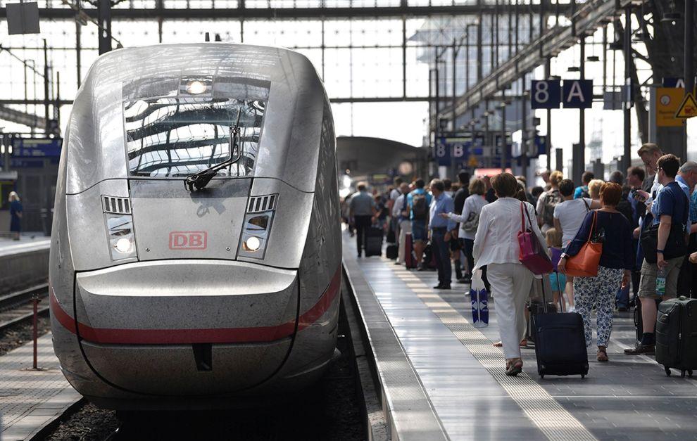Jednotka ICE4 na nádraží ve Frankfurtu nad Mohanem. Foto: Deutsche Bahn