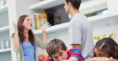 svadjanje pred djecom posljedice