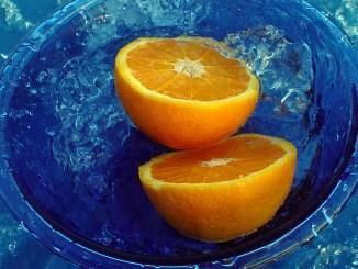 портокали във вода
