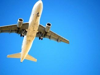 прелитащ самолет