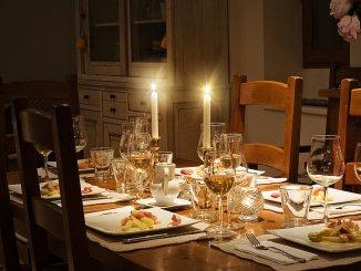 маса за вечеря