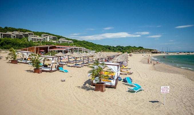плаж Аркутино
