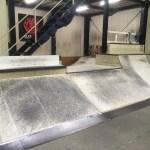 FUGスケートパーク内のクオーターバンク