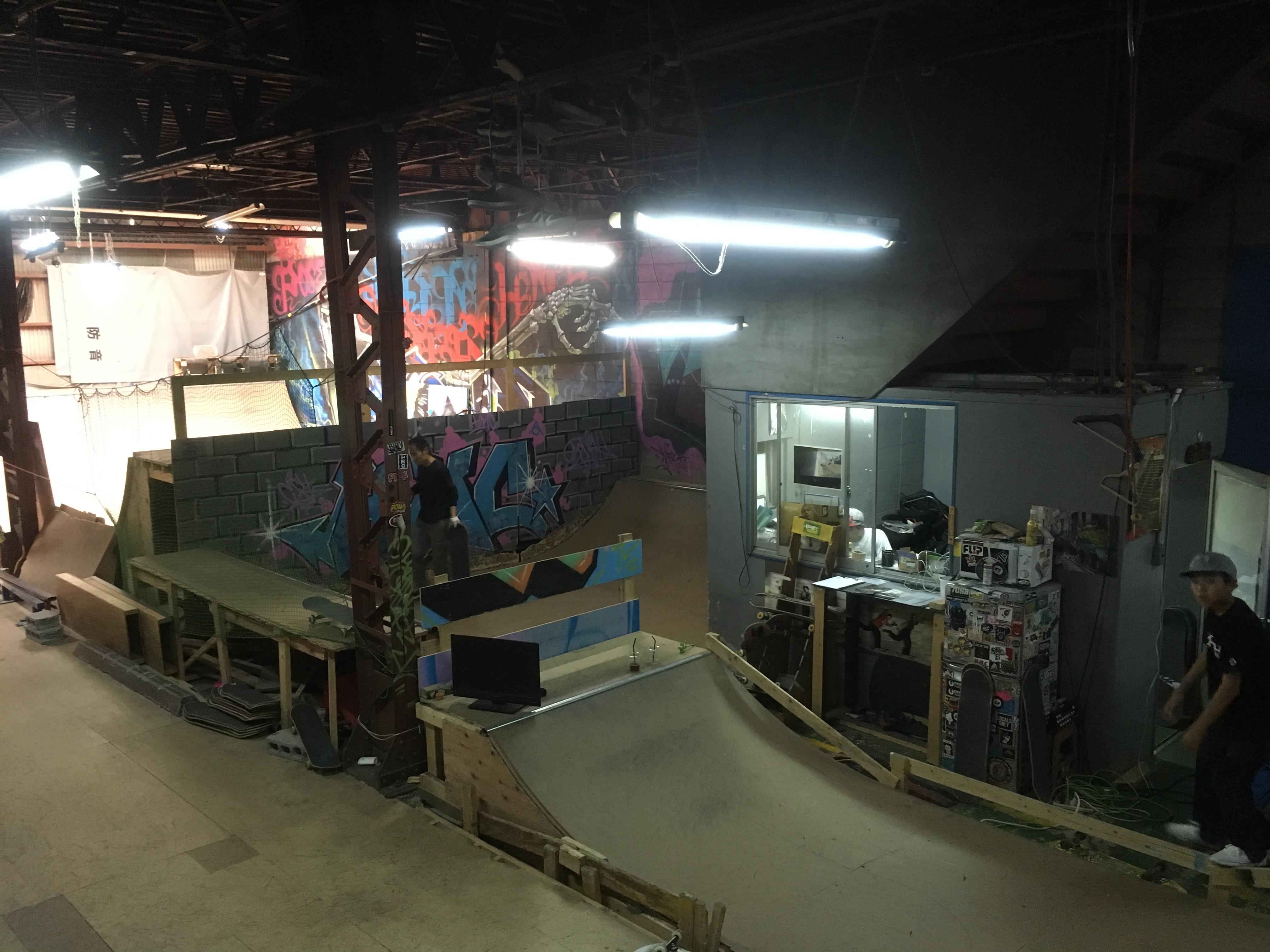 HMC大阪初の室内スケートパーク
