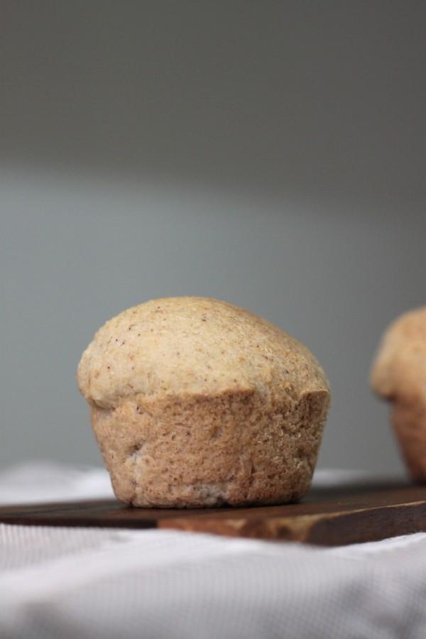 לחם משקדים וביצים ללא פחממות