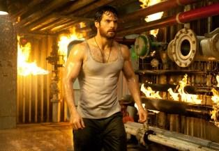 henry-cavill-beard-superman-1