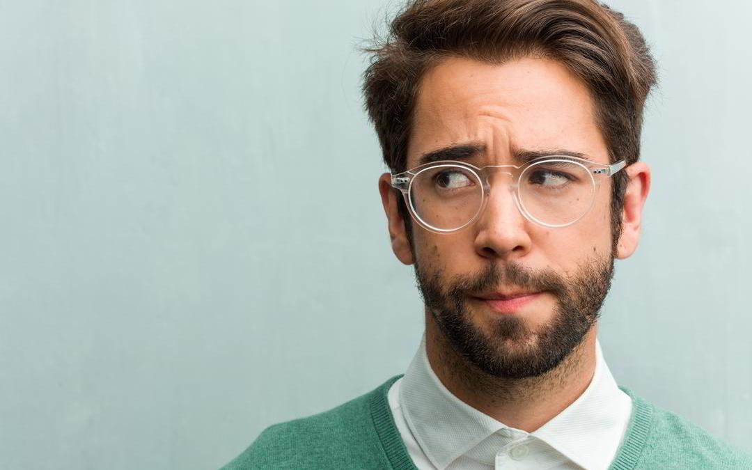 Woran erkennt man mangelndes Selbstbewusstsein?
