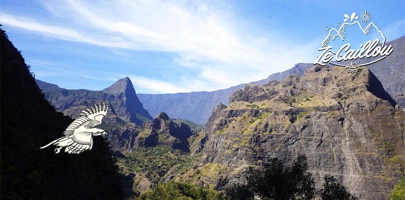 Vue panoramique de la marche Deux Bras - Aurère à Mafate