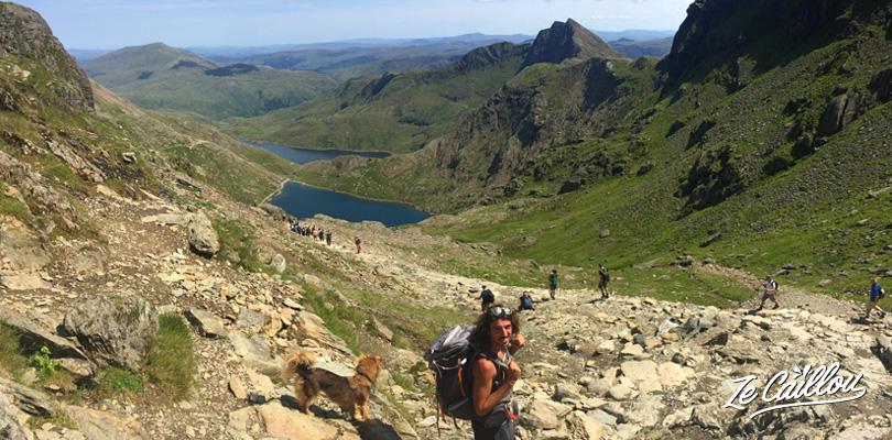 Redescente du mont Snowdon par le sentier Pyg track et Miners track avec la vue sur les lacs
