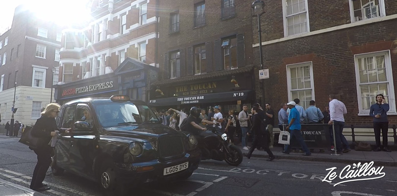 Grab a taxi in London just after the happy hours in great pubs