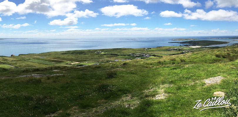 Points de vue à couper le souffle sur le chemin de la skyroad en Irlande