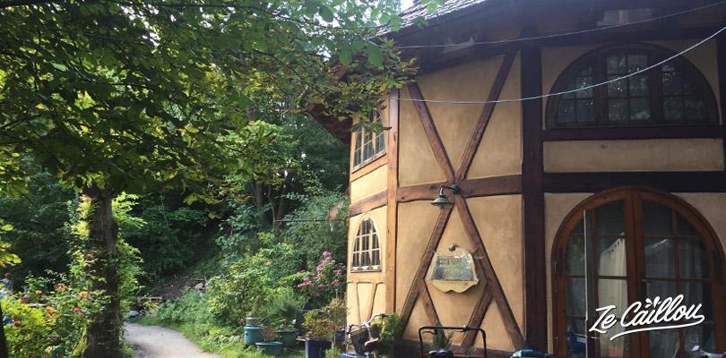 Maison construite par un habitant de Christinia, la ville-libre à 2 pas de Copenhague au Danemark.