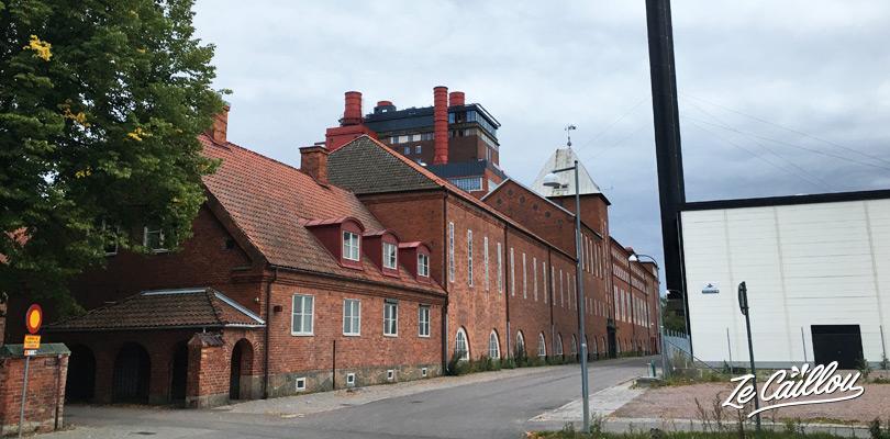 Un peu de fun au parc aquatique de Vasteras dans une usine en brique en Suède.