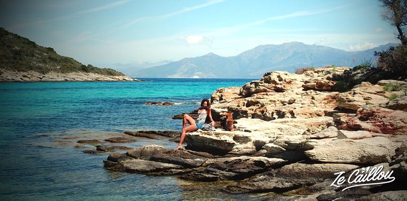 Les plus beaux endroits de Corse sur notre blog de voyage, ici le désert des Agriates.