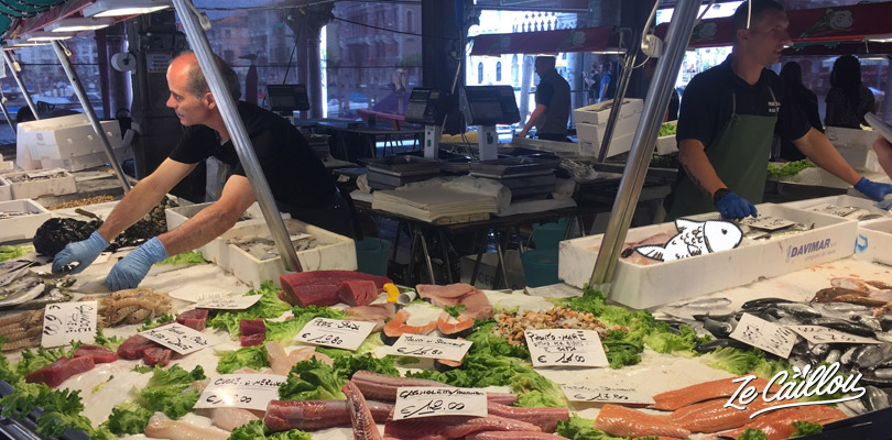 Visit Venice and its Rialto fish market close to San Polo district.