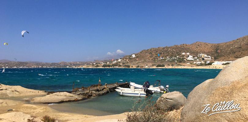Place au kitesurf sur la côte au vent de Naxos, réputée pour ce sport !