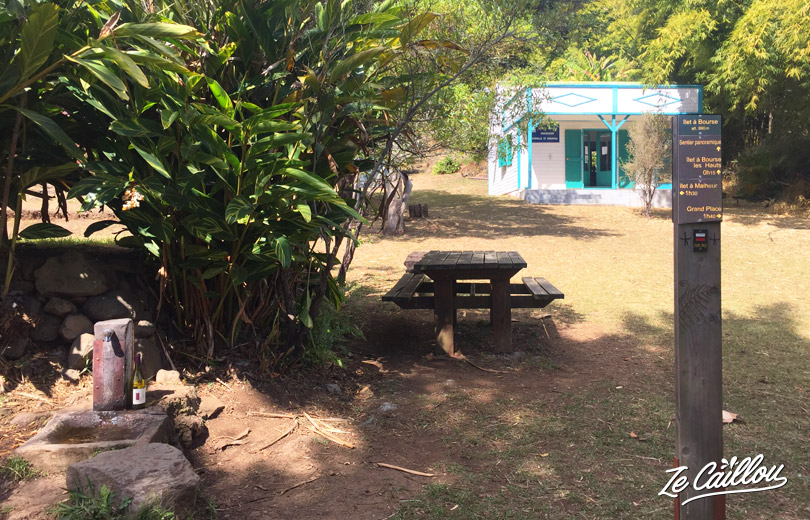 Picnic spot and alos to refill water during this GRR2 Day 3 from Aurere to Cayenne.