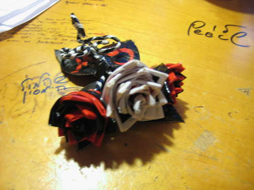 https://i0.wp.com/zedomax.com/blog/wp-content/uploads/2009/02/duct-tape-corsage.jpg