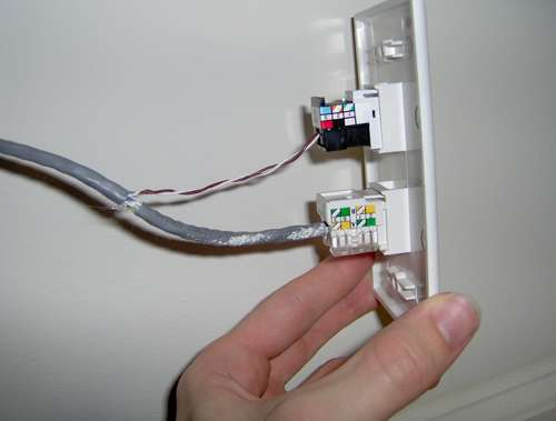 Use House Wiring For Internet Connection