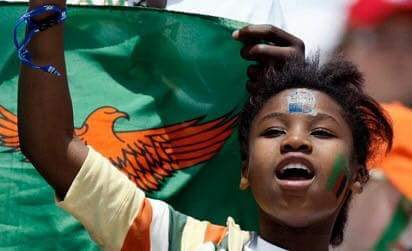 female fan in the Zambian