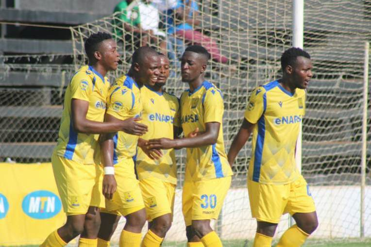 Bornwell Mwape celebrates with fellow Napsa players helping team cross over Zanaco