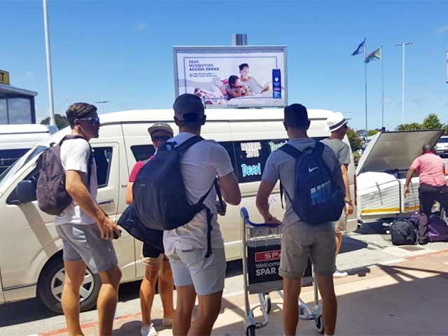 Zeelie Taxis Shuttle Services