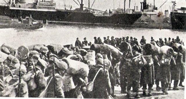 חייים בריטיים עוזבים את הארץ