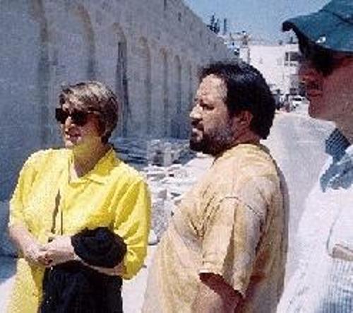 האימאם של איטליה, שייך עבדול מאדי פלאזי עם אשתו בעת ביקור בבית לחם