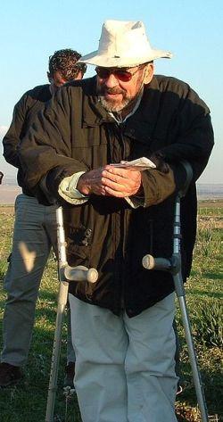 """""""בעין שמר חיינו באווירה של בוז ושנאה לעם היהודי"""" - פרופסור אדם זרטל Hanay ויקיפדיה"""