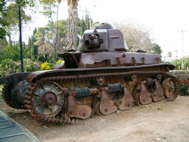הטנק הסורי שעצר בשערי דגניה ויקישיתוף
