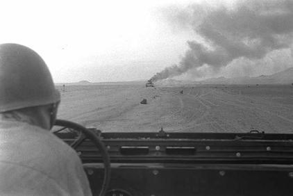 טנק מצרי  בלהבות