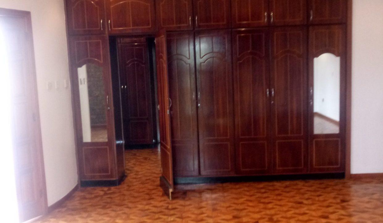 Bole Shala የሰኢድ 4000 USD For Rent 30m birr for sale 410sqm 20191011_125823